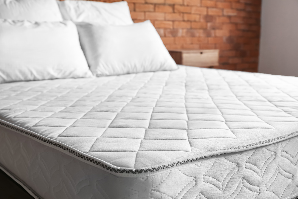 best mattress cover for bed wetters