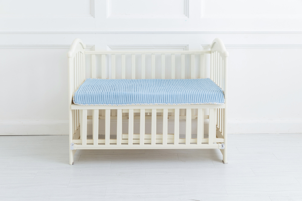 tips when to flip mattress for baby
